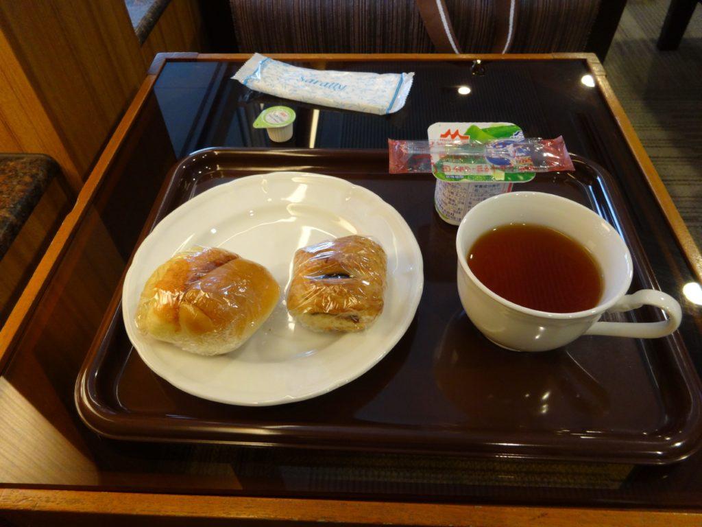 タイ国際航空ラウンジ朝食
