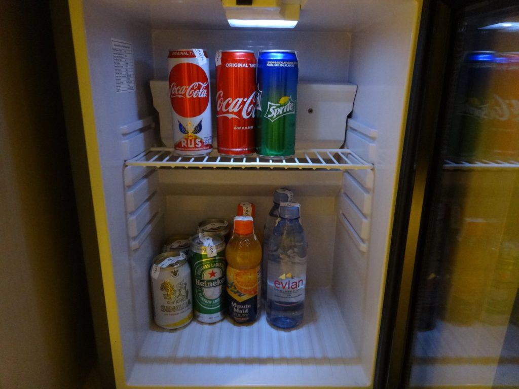 冷蔵庫内は余裕あり